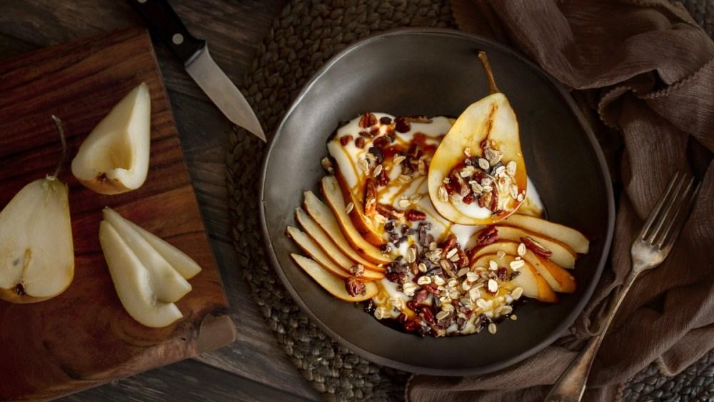 Image of Bol de granola aux poires