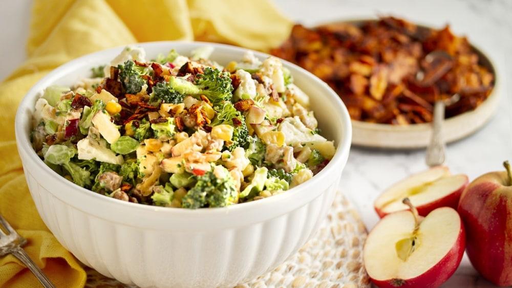 Image of Salade aux brocolis et pommes