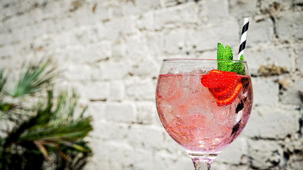 Image of Ultimate Pink Gin and Lemonade Cocktail
