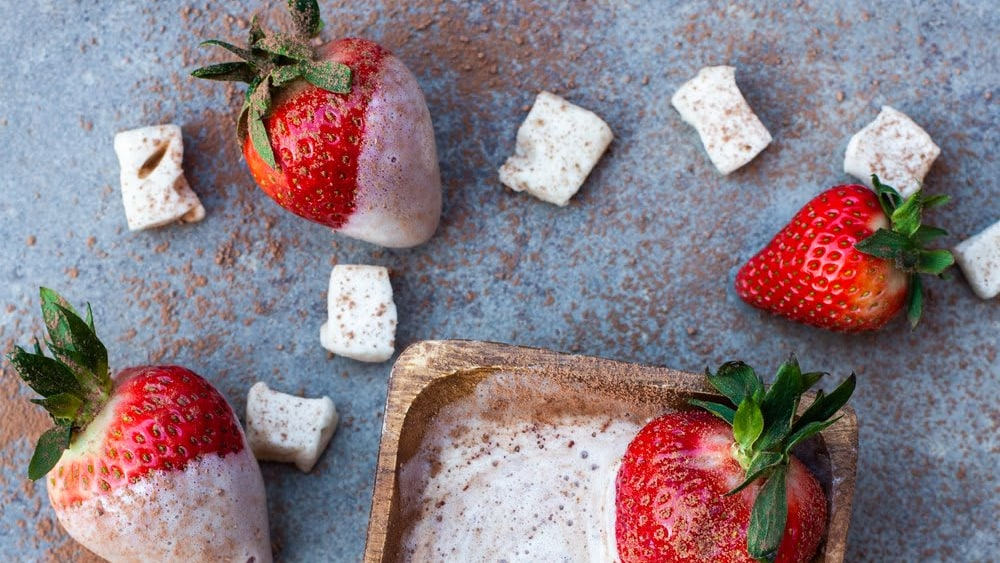 Image of Max Mallow Dipped Strawberries