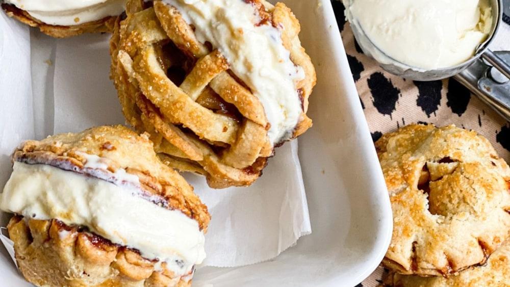 Image of Apple Pie Ice Cream Sandwiches