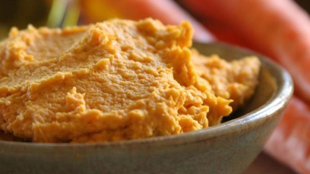 Image ofCilantro Carrot Hummus