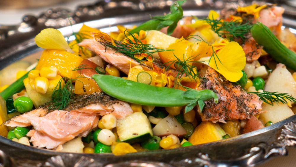 Image of Pesto Tuna Kitchen Sink Salad