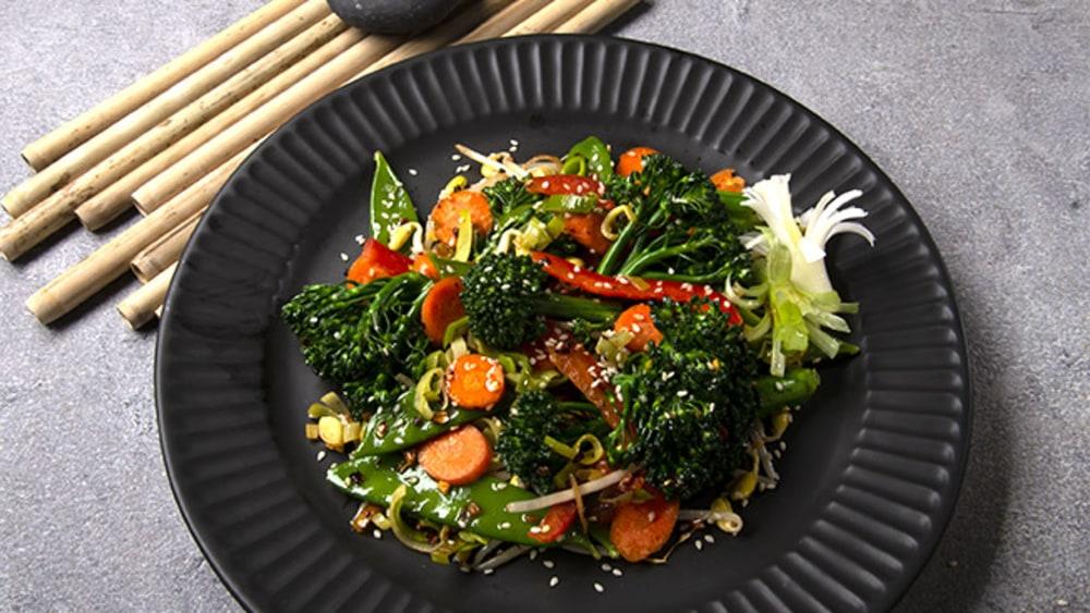 Image of Veggie Stir-fry + Spicy oo'mämē
