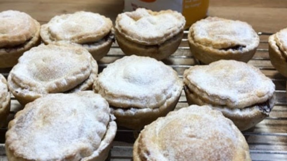 Image of Christmassy Mince Pies