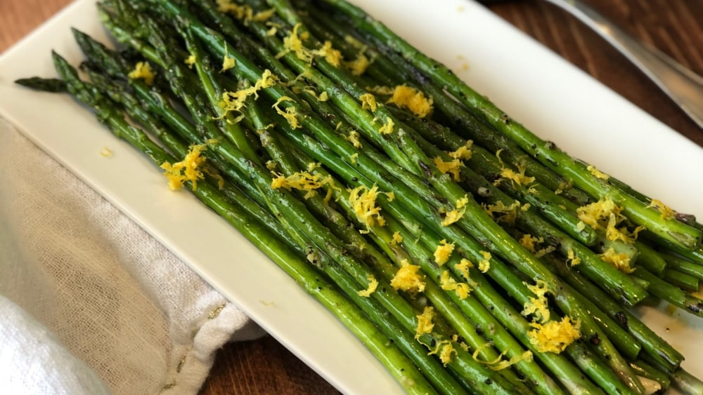 Image of HOW TO DO STUFF WITH CARMEL: GRILLED ASPARAGUS
