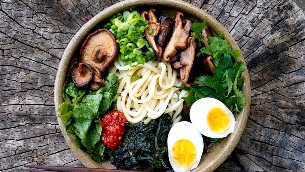 Image of Shiitake Mushroom and Beef Broth Udon Bowl