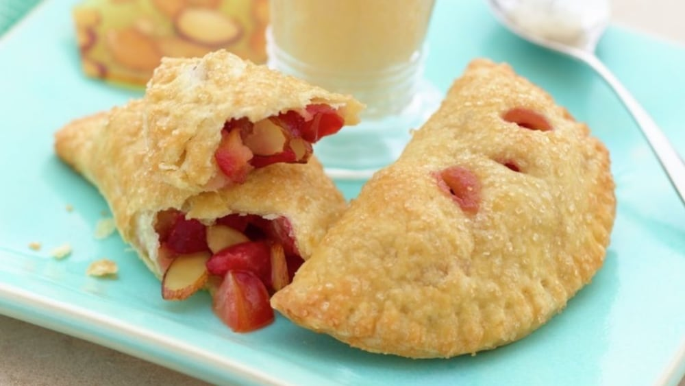 Image of Plum and Ginger Hand Pies