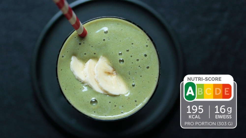 Image of Eiweiß-Shake mit Avocado und Gerstengras