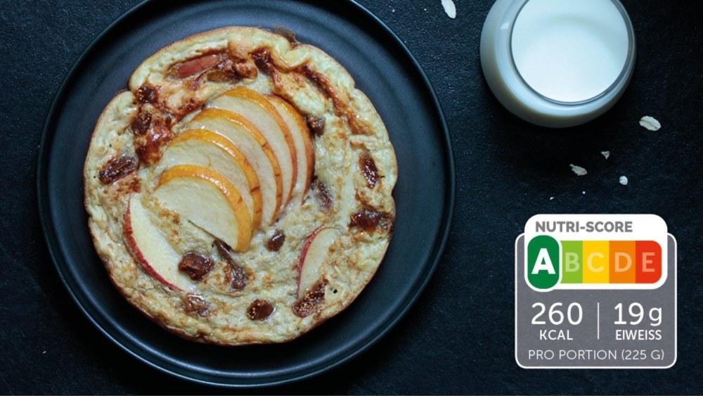 Image of Süßes Omelette mit Haferflocken und Apfel