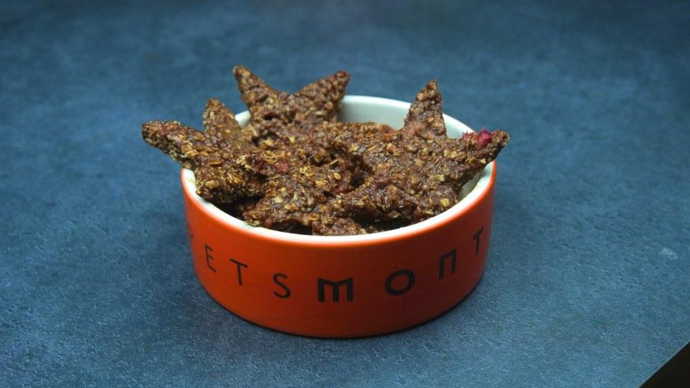 Image of DIY No-Bake Strawberry Treats for Dogs Recipe
