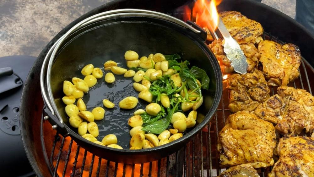 Image of 60 Clove Garlic Salsa Chicken Thighs