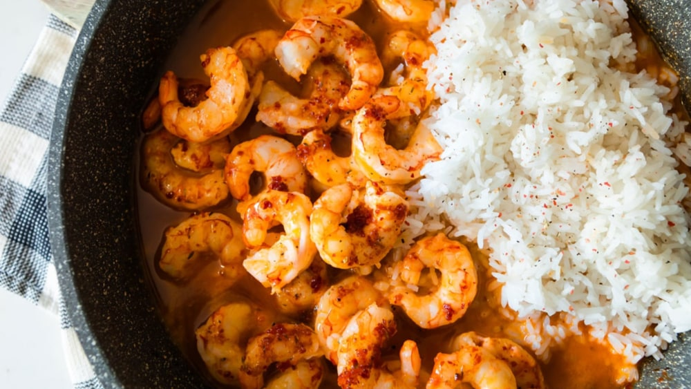 Image of Honey Aleppo Shrimp Sizzle Skillet