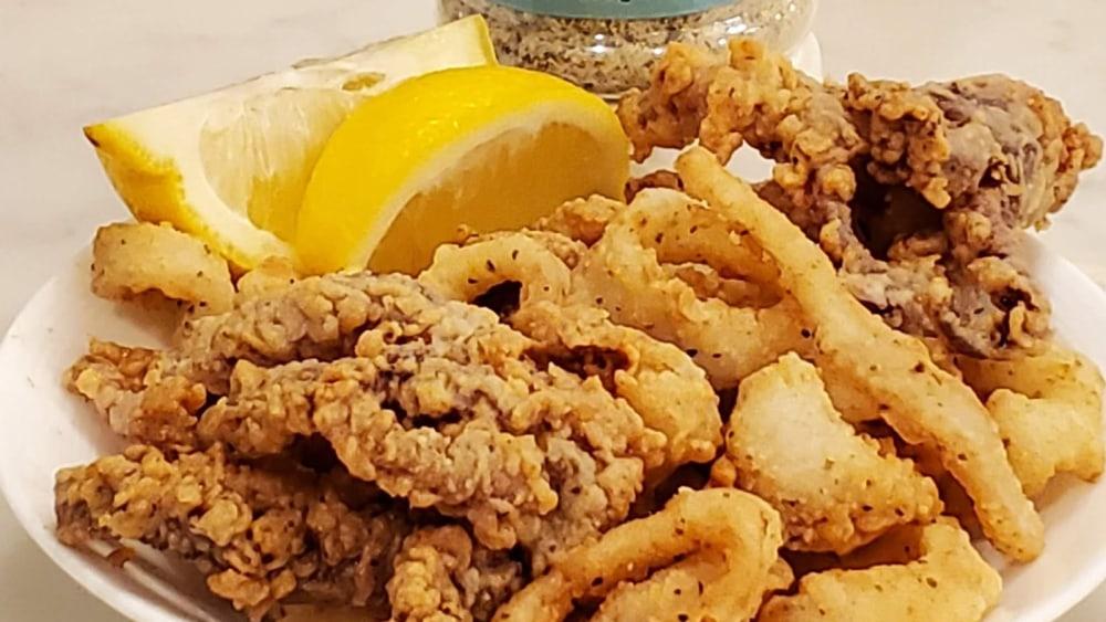 Image of Fried Calamari with Wildlife Seasonings Trout Freshwater Blend