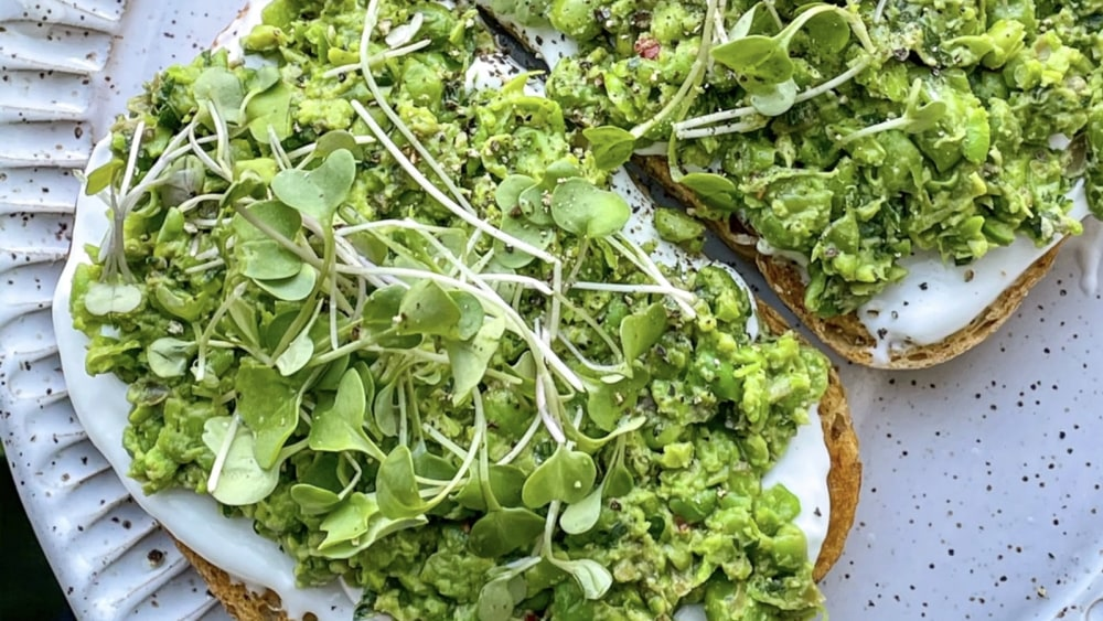 Image of Herby Smashed Peas on Toast