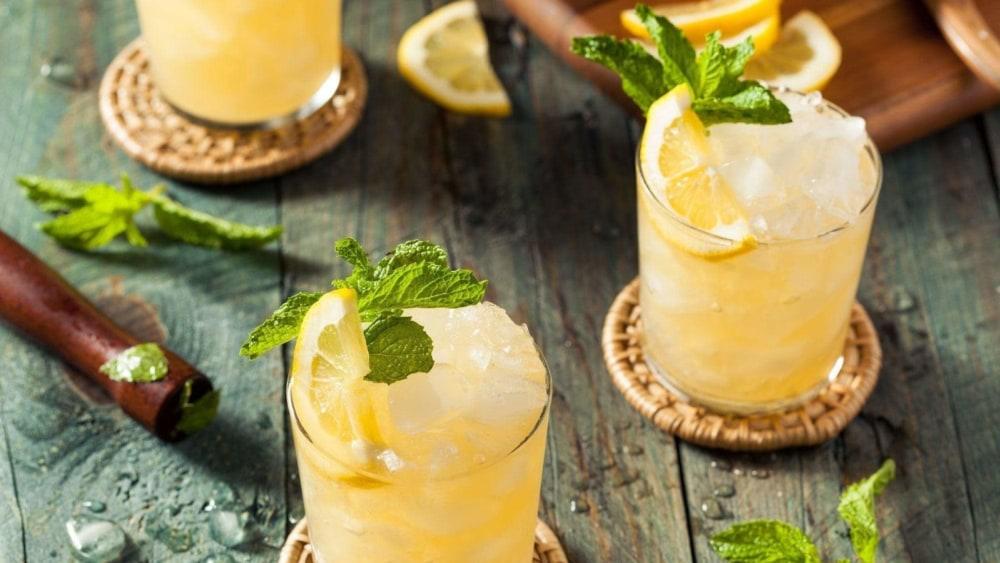 Image of Whiskey Smash Cocktail Recipe