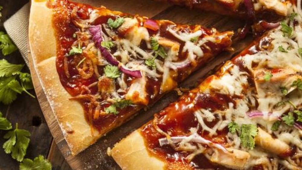 Image of Tofu Pizza: Spicy BBQ Classic on Spelt Crust