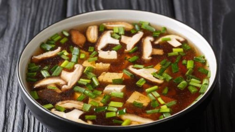 Image of Shiitake Mushroom Soup With Tofu and Enoki