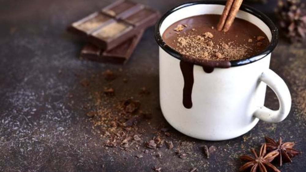 Image of Vegan Hot Chocolate Recipe: Deliciously Frothy