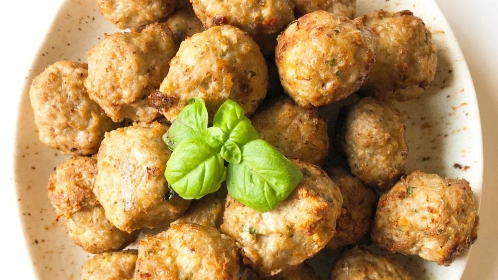Image of Air Fried Turkey Meatballs with Spaghetti Alfredo