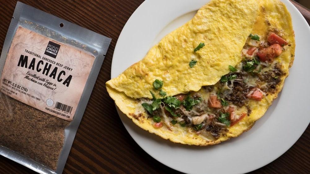 Image of Machaca Con Huevos - Breakfast Omelet