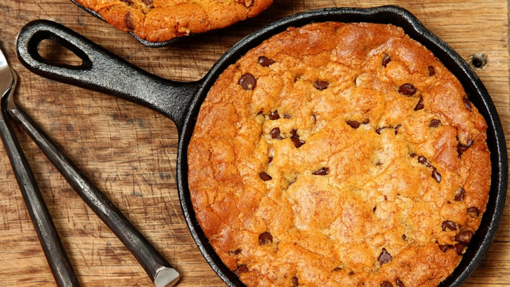 Image of Skillet Cookie: A Decadent, Delicious, Cast-Iron Dessert