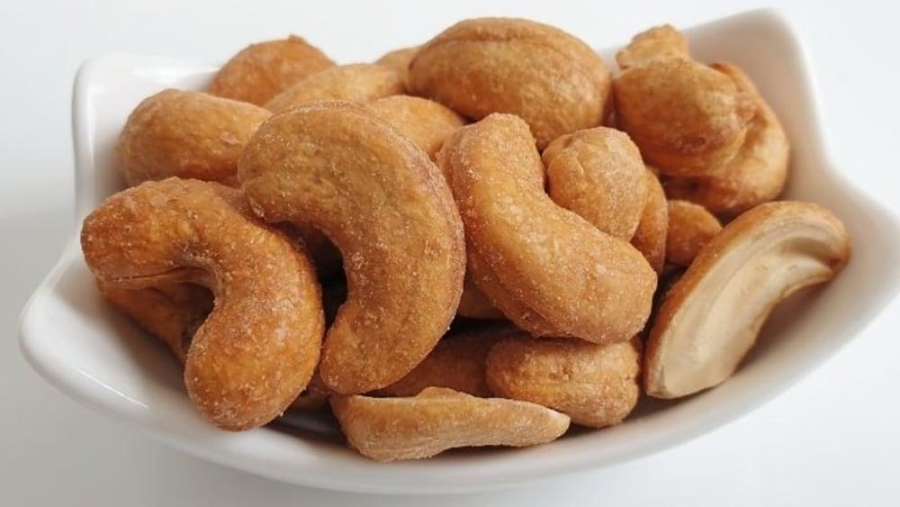 Image of Crisp & Golden Turmeric Cashew