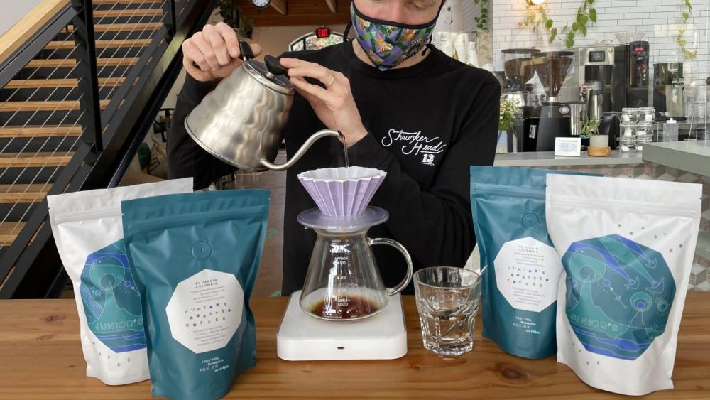 Image of Brewing a Colombian washed anaerobic coffee with Junior Roasted