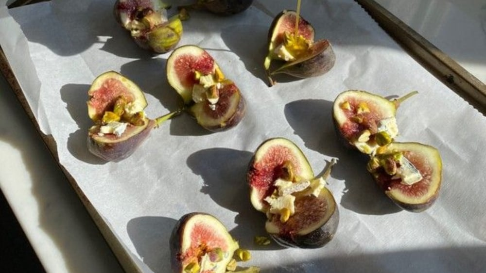 Image of Roasted Figs with Roquefort