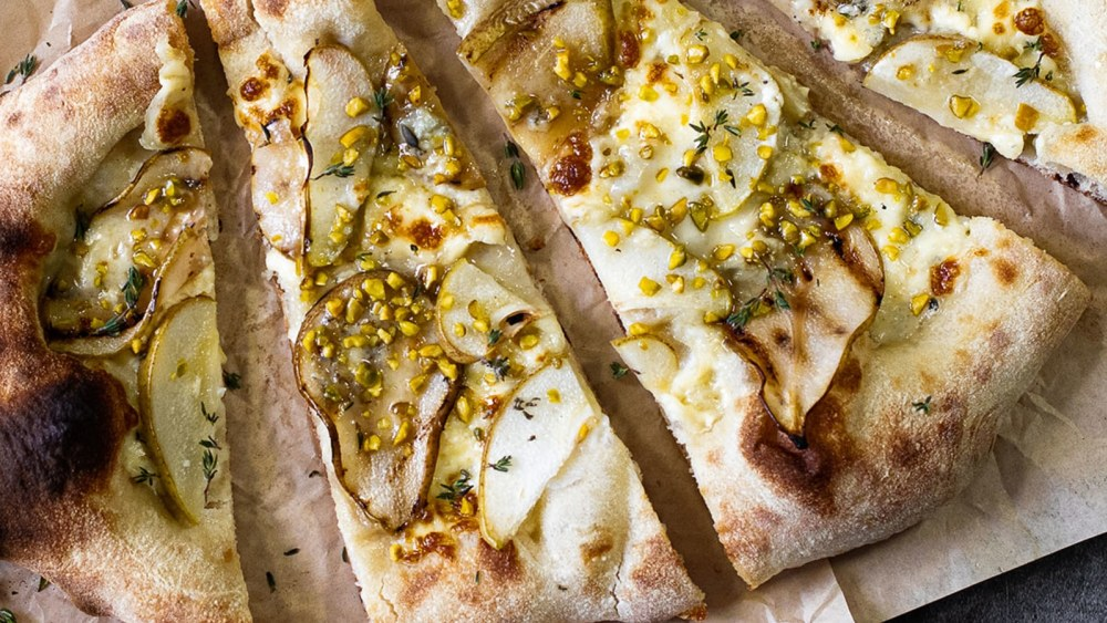 Image of Pear and Gorgonzola Pizza