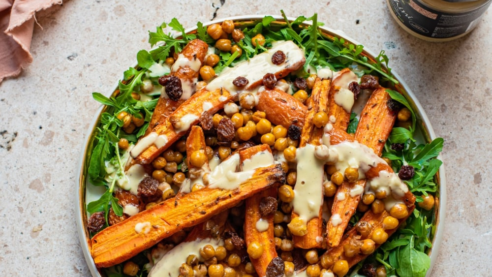 Image of Roasted Carrots, Chickpeas, and Tahini Sauce