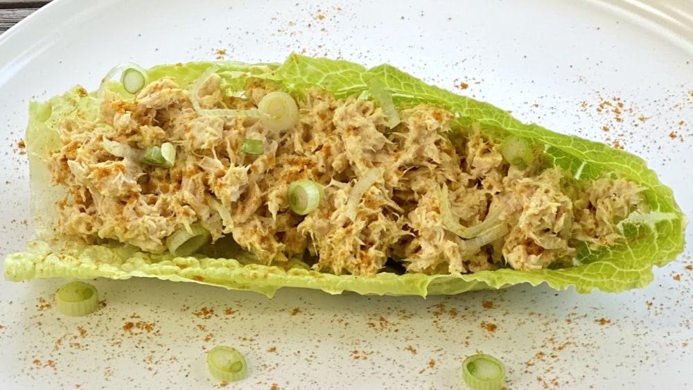 Image of Albacore Tuna Curry Lettuce Wrap