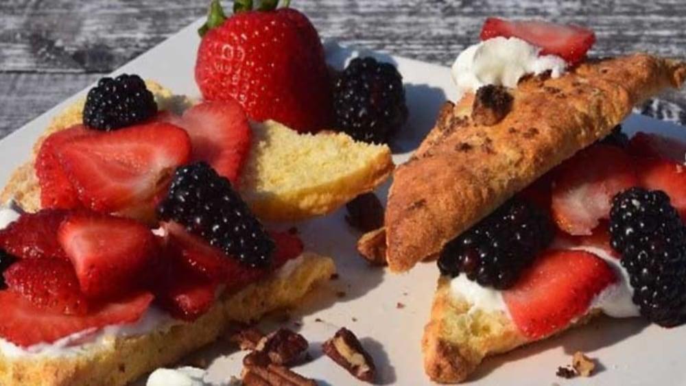Image of Strawberry Shortcake (Sugar-Free or Low Sugar)