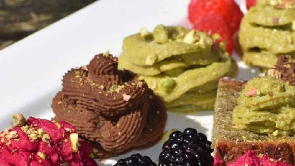 Image of Avocado Hummus with Fresh Fruit