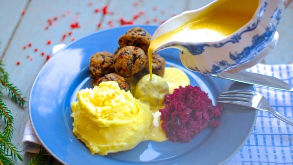 Image of Vegan Christmas – Swedish 'meat'balls with lentils and black rice
