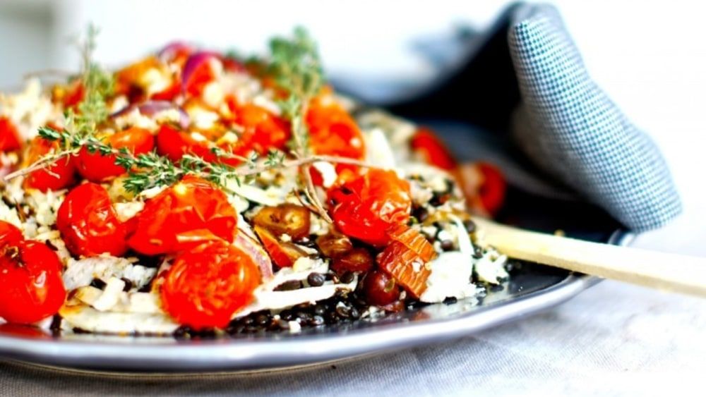 Image of Roasted cauliflower crumbles with lentils, fennel and tomatoes