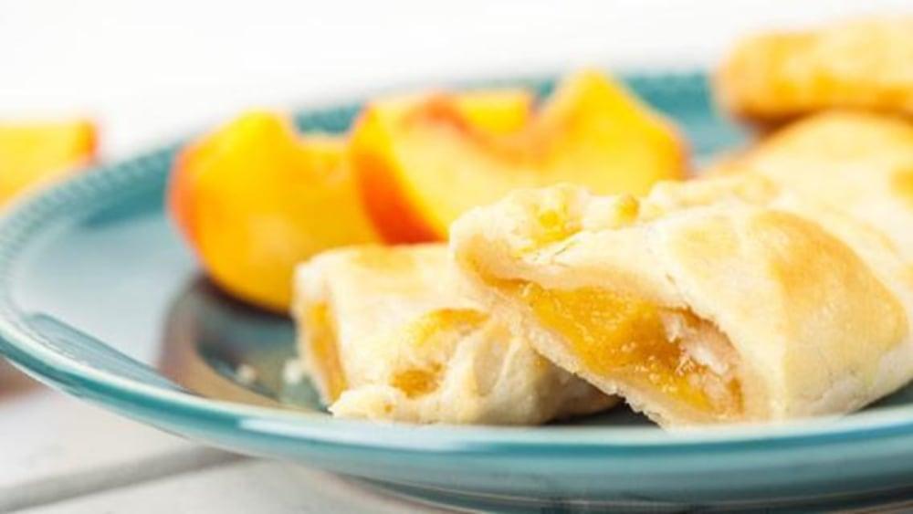 Image of Peach Empanadas Recipe