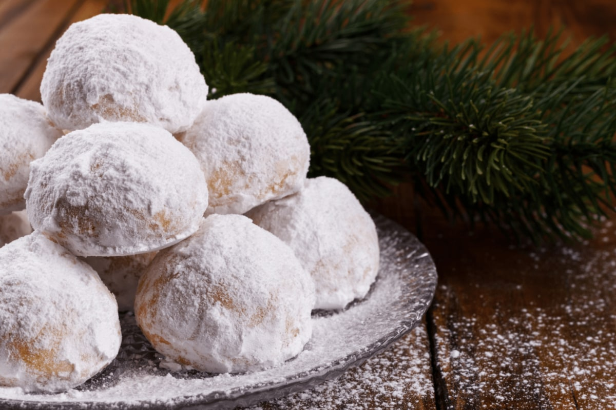 Image of Almond Vanilla Snowballs