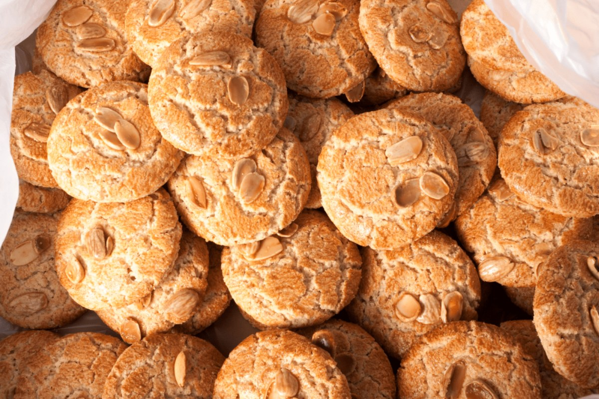 Image of Easy Almond Macaroons