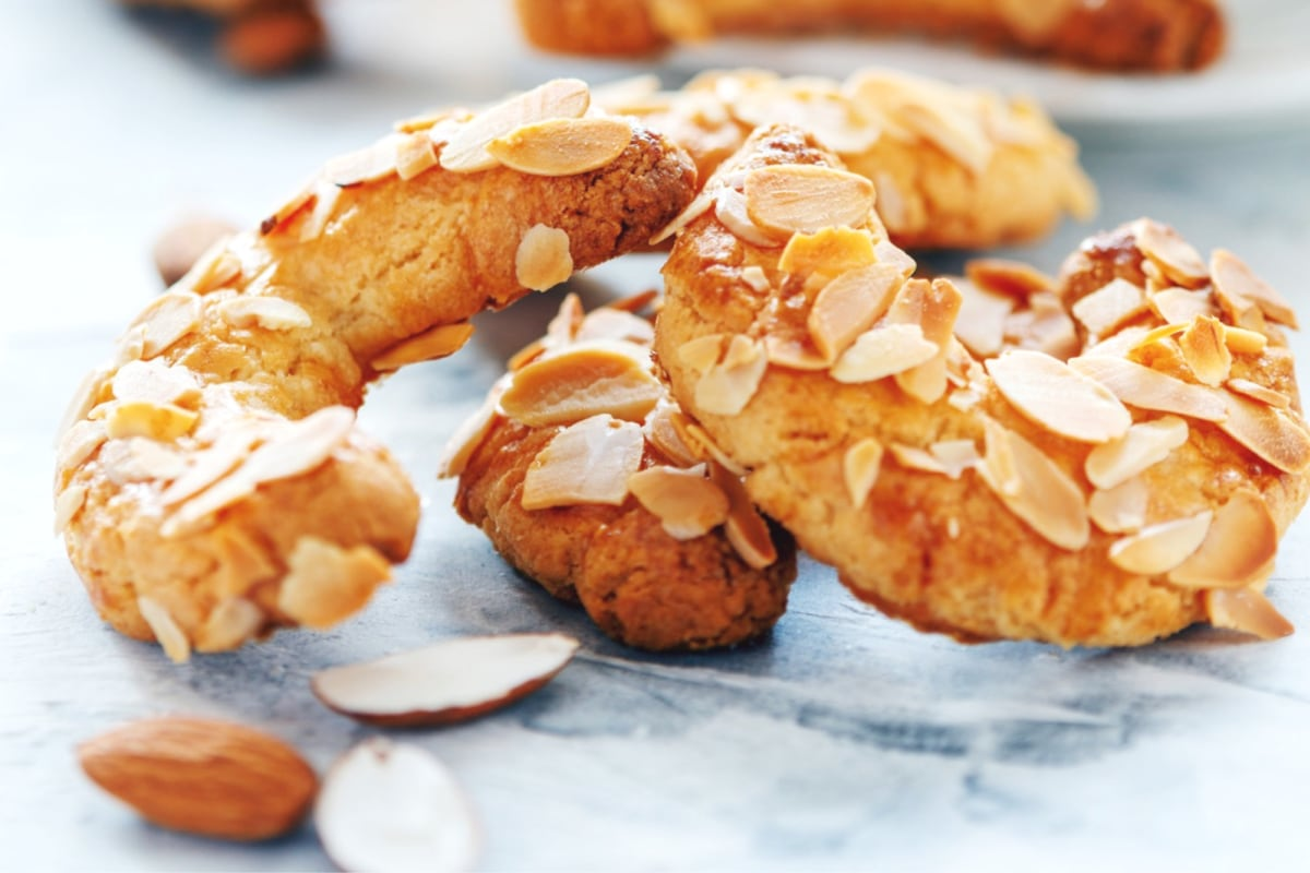 Image of Almond Horn Cookies