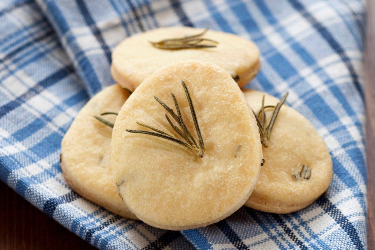 Image of Almond Cookies with Rosemary