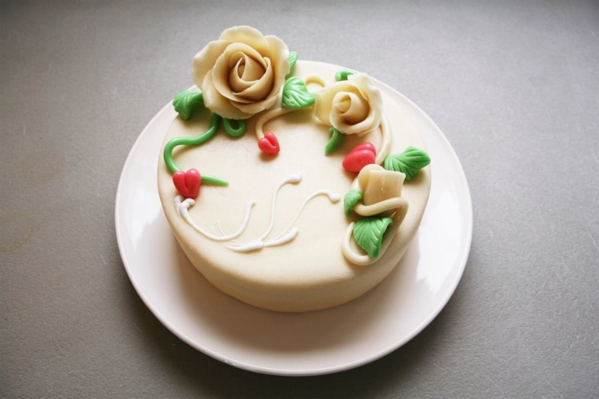 Image of Marzipan Ruffle Cake