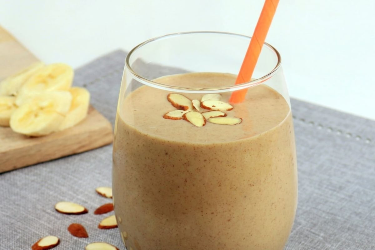 Image of Banana 'Nut' Bread Smoothie with White Beans