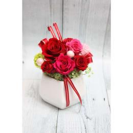 情熱的な赤色!プレゼントにぴったり♪ 特別SALE プリザーブドフラワー ミノンルージュ