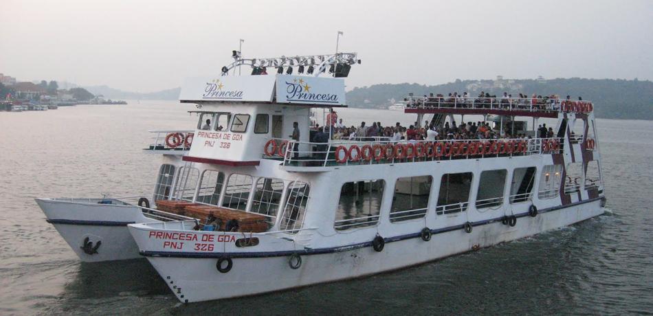 Cruise on the Mandovi
