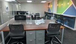 Dedicated Desk at Lakeside Executive Suites - pickspace.com