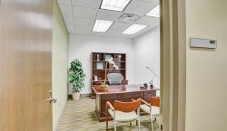Private Office at Carr Workplaces | Las Olas - pickspace.com