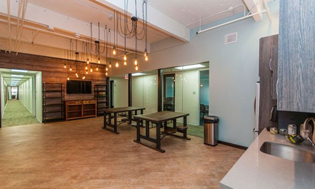 Quest Workspaces | Miami 777 Brickell - pickspace.com