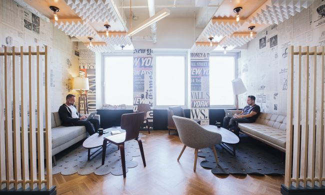 WeWork | City Hall - pickspace.com