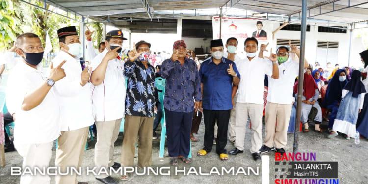 Anggota DPRD Simalungun dari Partai Gerakan Indonesia Raya (Gerindra) Fao Saut Sinaga Bersama  H Muhajidin Nur Hasim